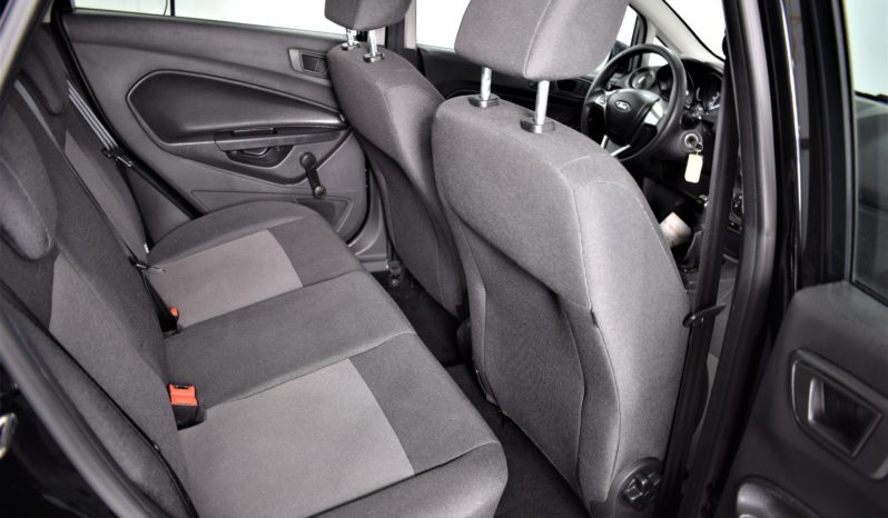 Ford Fiesta 1.2 full